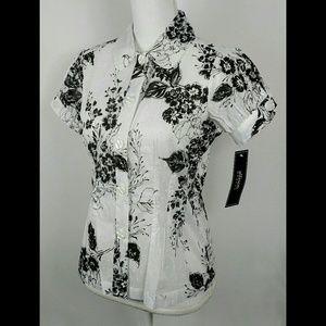Allison Morgan floral swiss dot button blouse